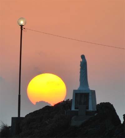 天草夕陽八景のマリア像の夕陽へのリンク