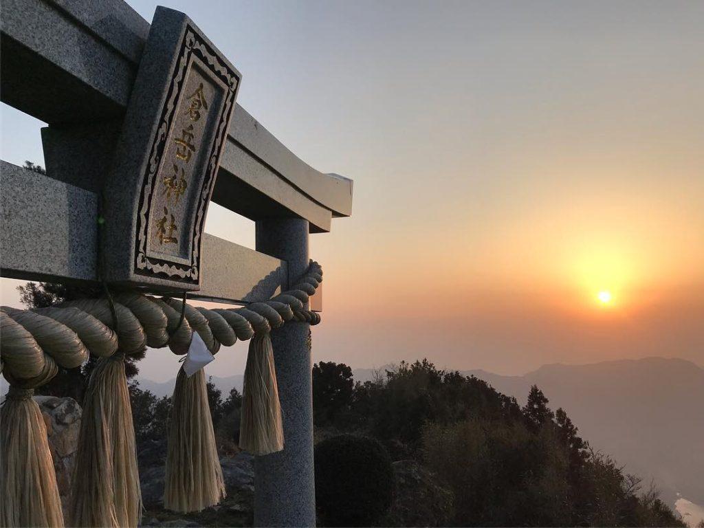 天草の天空の鳥居、倉岳神社